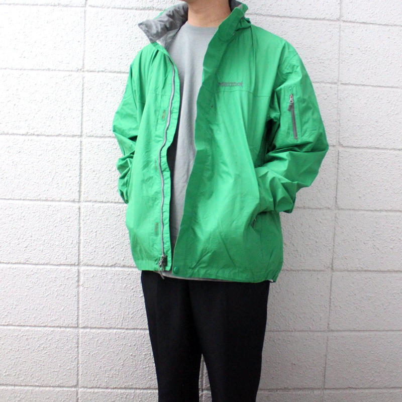 【USED】MARMOT NYLON JACKET