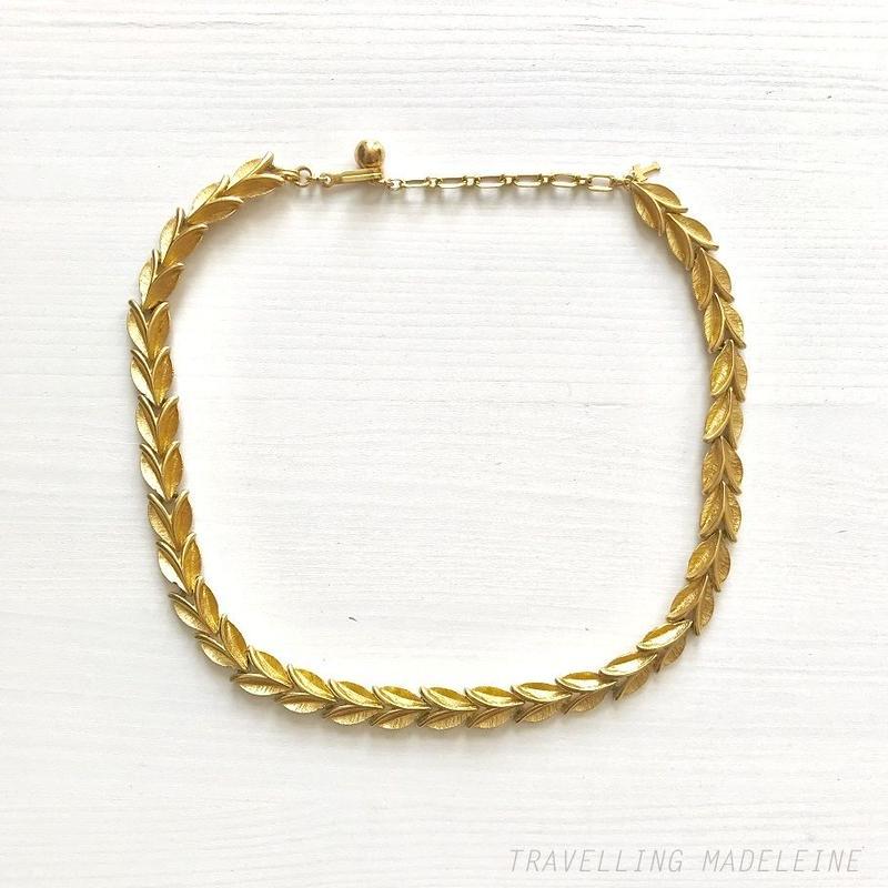 TRIFARI 1970's Gold Leaf Necklace ゴールド リーフ ネックレス(W18-367N)