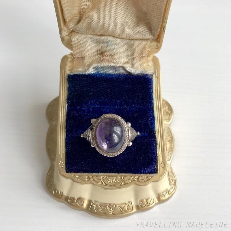 VINTAGE Oval Amethyst Silver Leaf Ring オーバル アメジスト シルバーリーフリング(W18-191R)