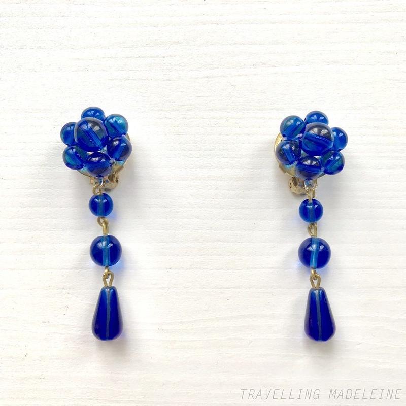1960's Blue Plastic Beads Flower Drop Clip Earrings ブルー プラスチックビーズフラワー ドロップ クリップイヤリング(W18-295E)