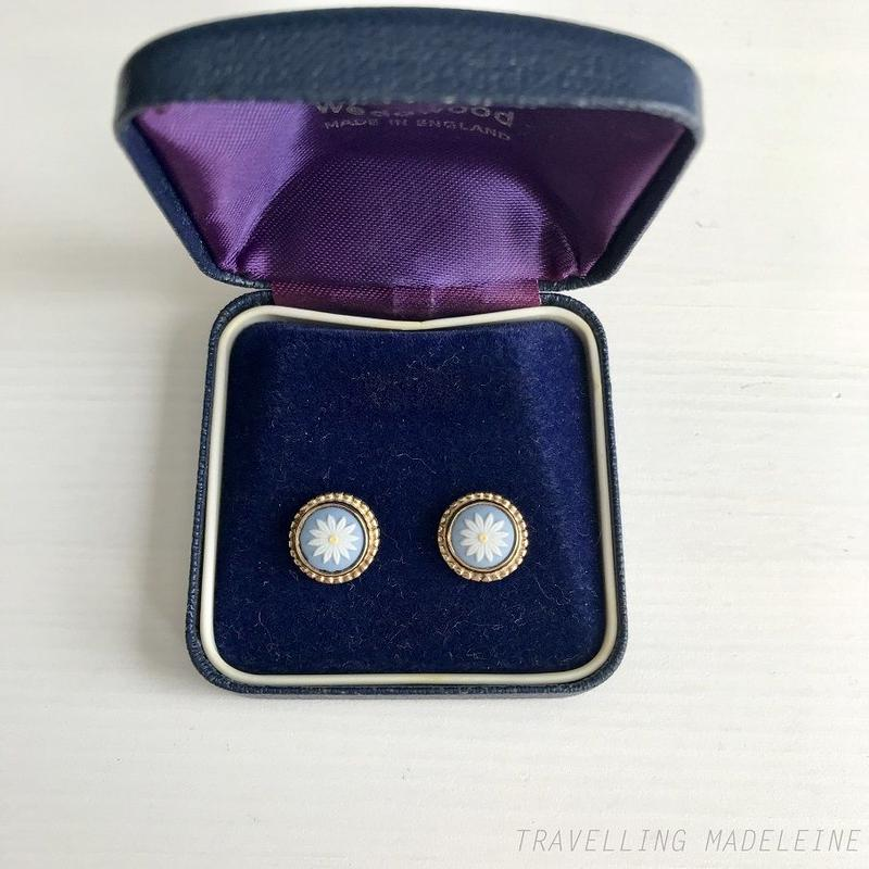 WEDGWOOD 1980's Blue Jasperware Daisy Silver Pierced Earrings with 水色ジャスパー デイジー シルバーピアス(Sp19-160E)