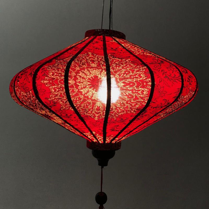 ベトナムランタン 楕円形 Lサイズ 赤色【ダマスク風柄】