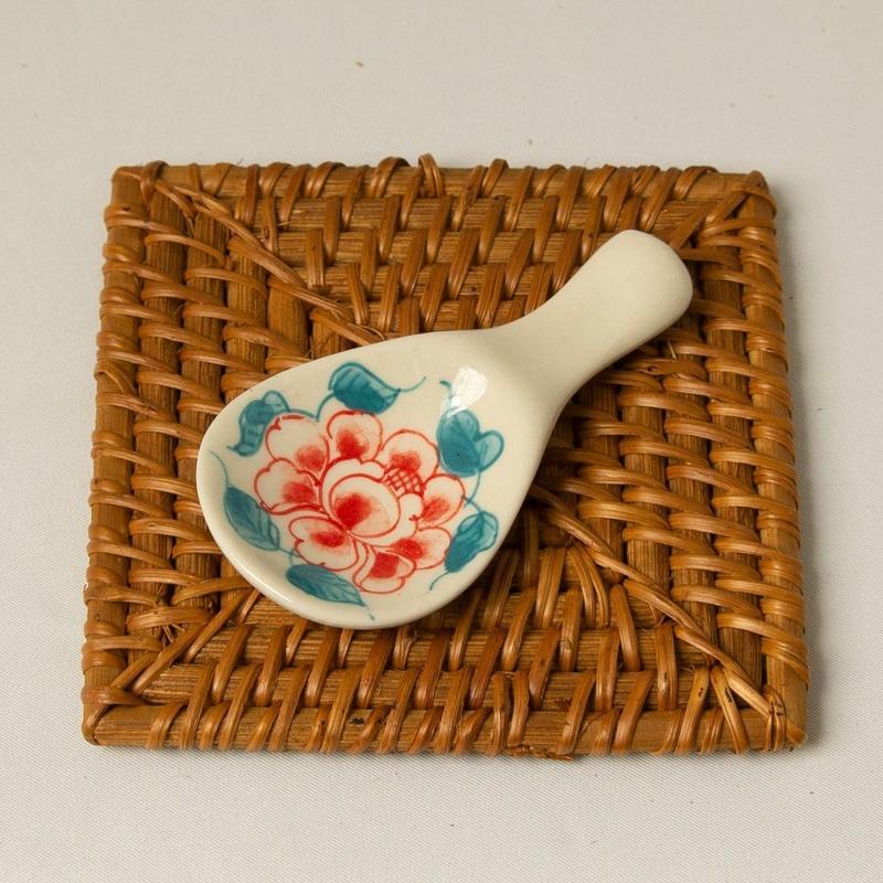 バッチャン焼き レンゲ・箸置き 【花柄・赤】