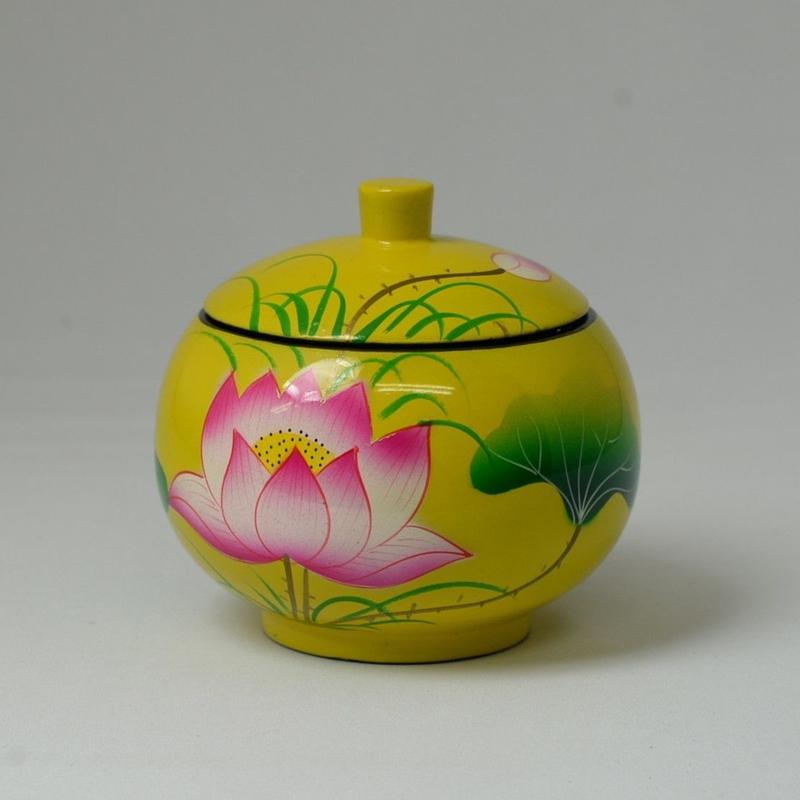 ベトナム製 小物入れ漆器 (大)【蓮柄・黄】