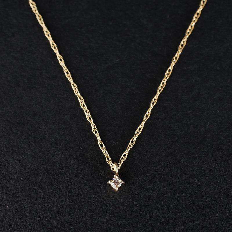 Toile:トワル《K10YG  ダイヤモンド ネックレス》A301172AN115