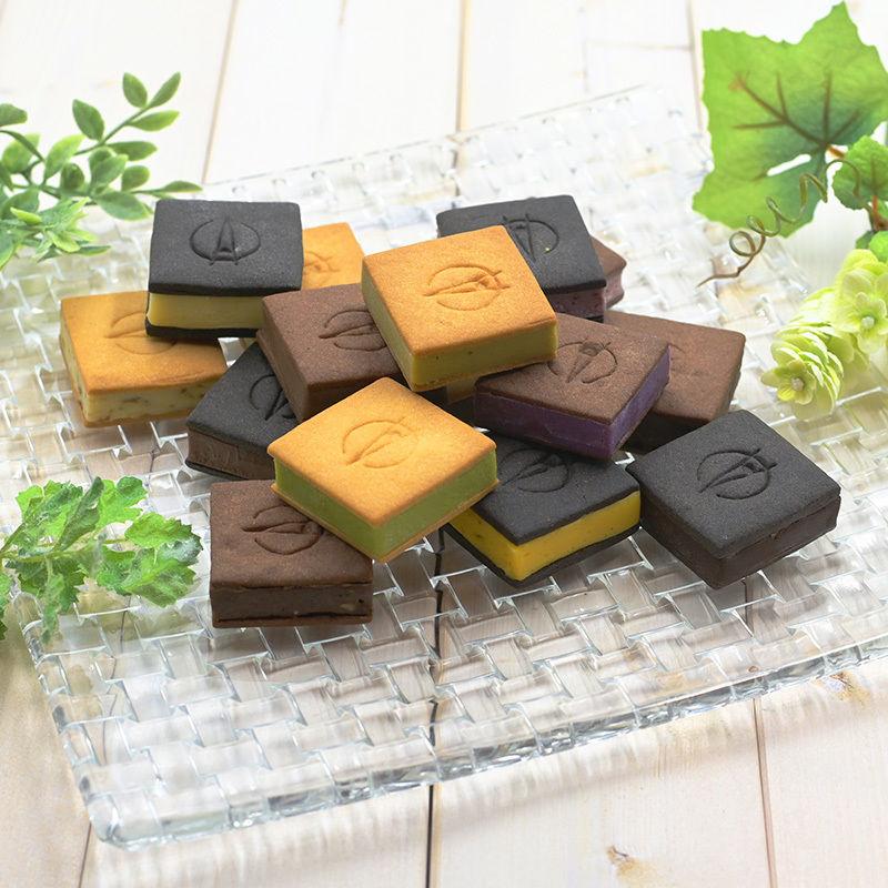 【15個入り】TSUKIICHI Chocolat 15 Set