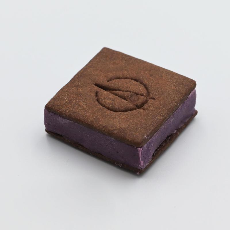 【カシスフロマージュ】TSUKIICHI Chocolat Cassis Fromage