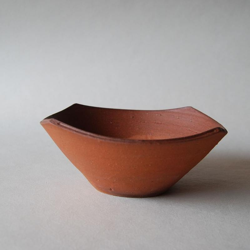 四方鉢(中)