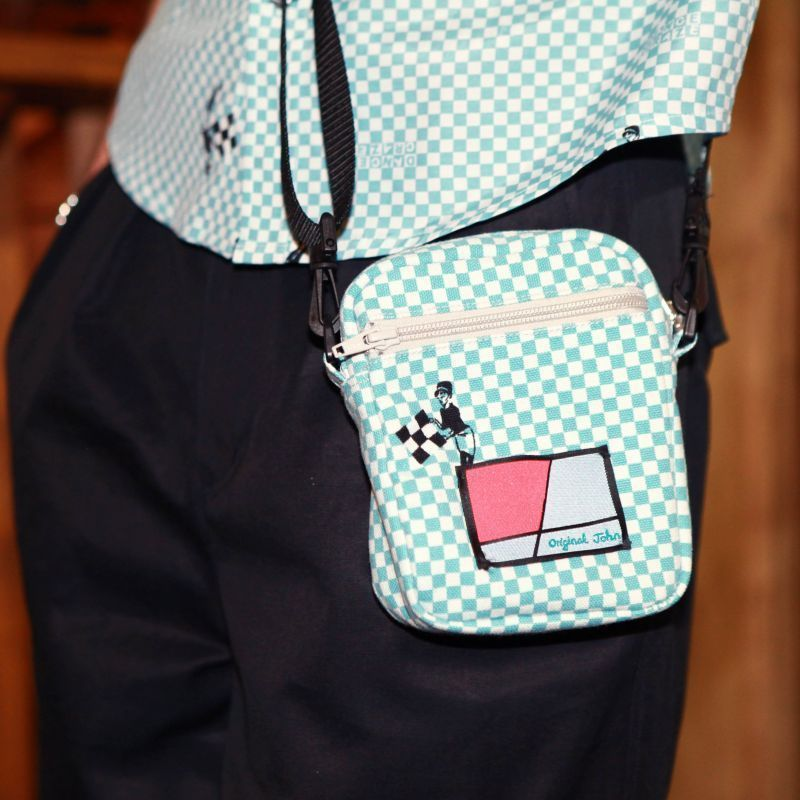 オリジナルJOHN CHECKER SHOULDER POUCH