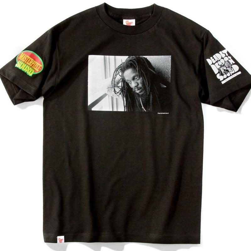 デッドストック 激レア「DENNIS BROWN OFFICIAL T- SHIRTS   」(BLACK)