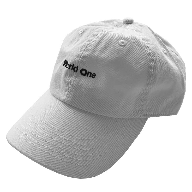 WORLD ONE【SPELL 6 PANEL LOW CAP】(WHT / BLK)