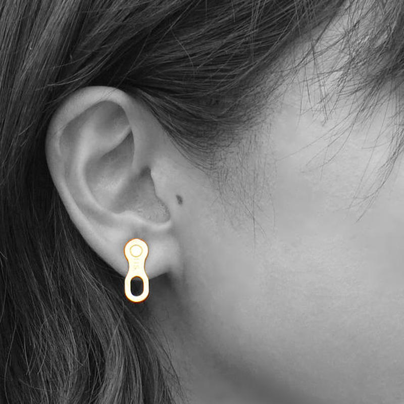 Missing link pierced (pair) - Gold