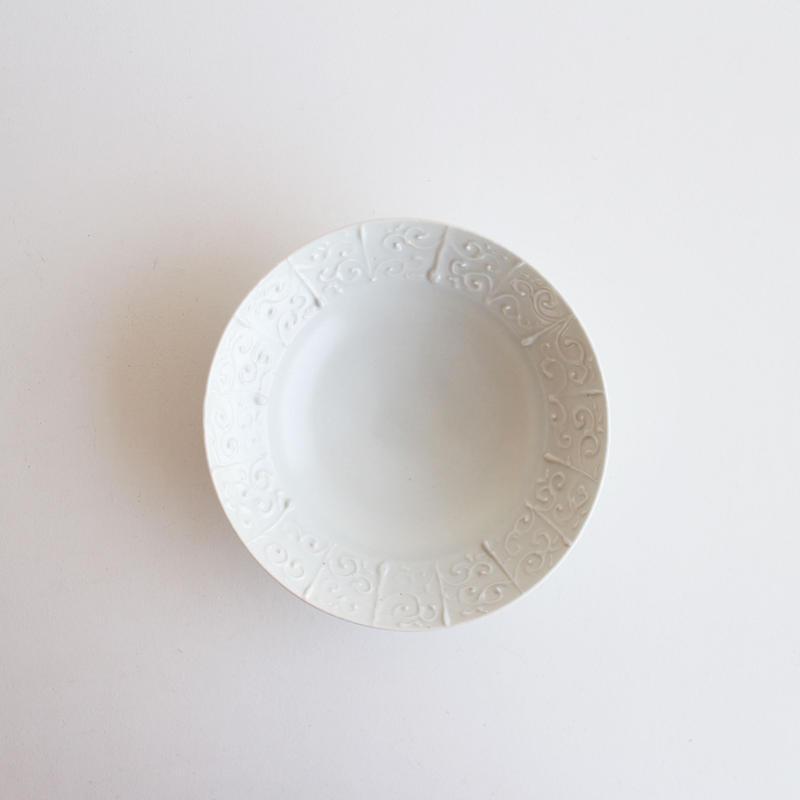 前田麻美 白磁イッチン6寸鉢