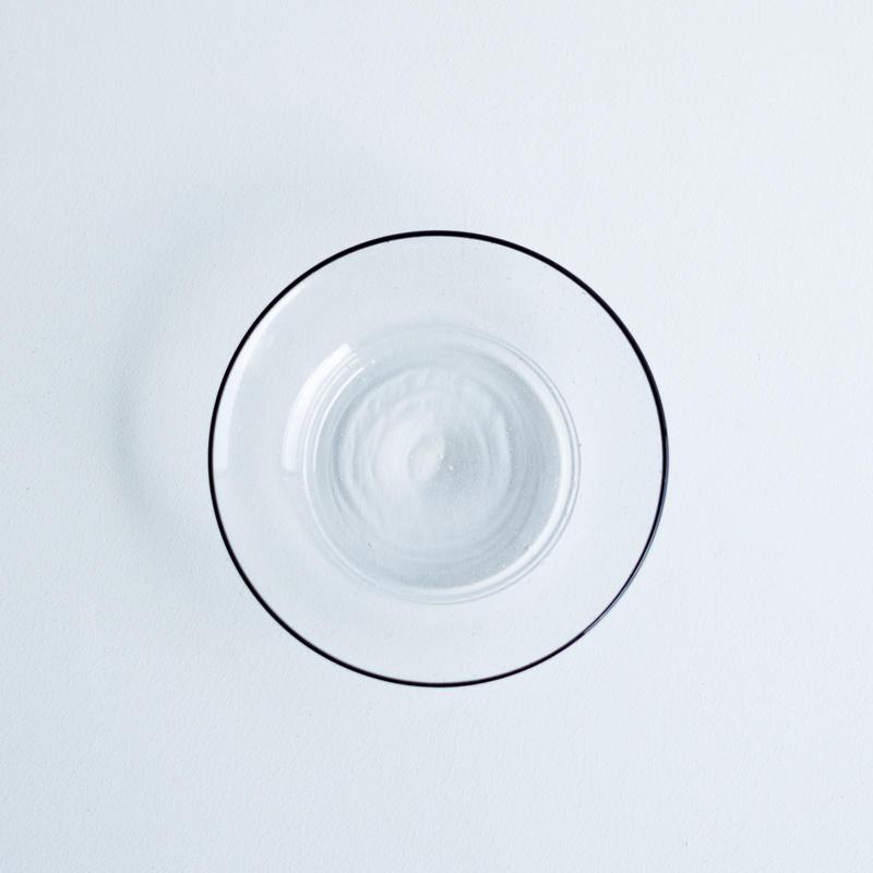 黒縁ガラス皿【S】