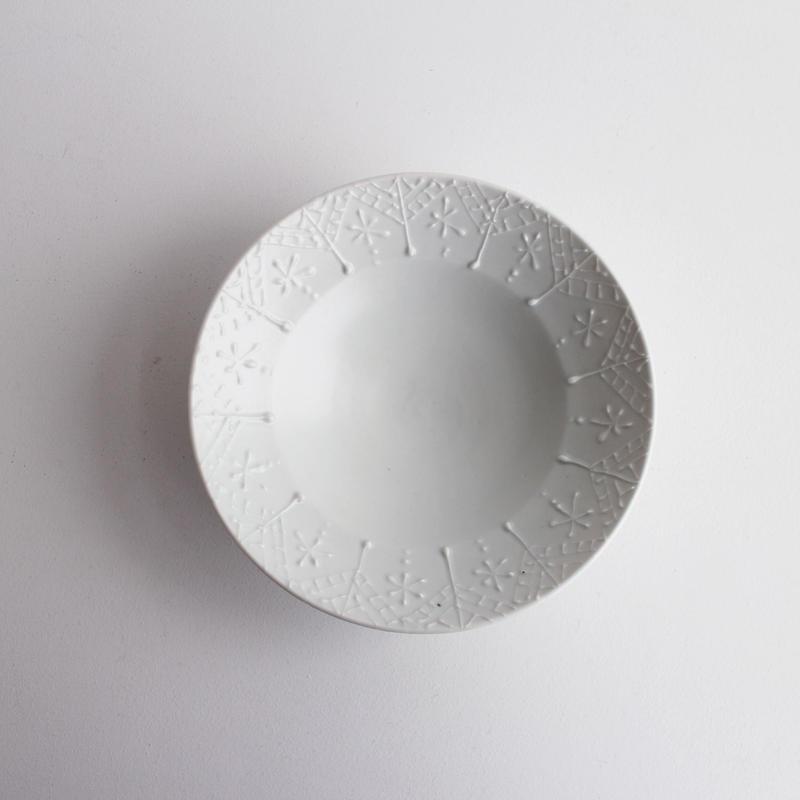 白磁イッチン5寸鉢