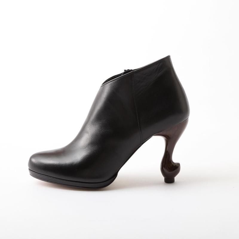 猫脚ヒールブーティ**スムース本革BLACK**22.0・22.5・23.0・23.5・24.0・24.5・25.0