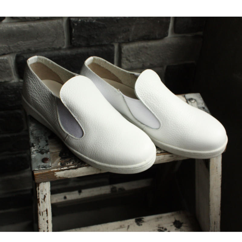 【OUTLET】 SLIPON SNEAKER WHITE (SIZE 5)