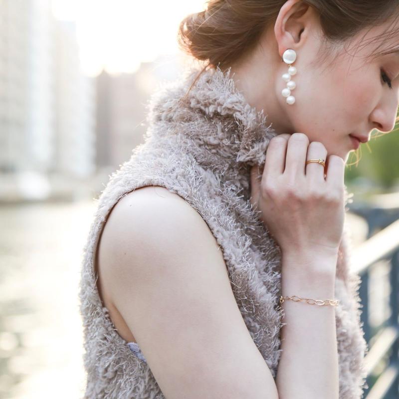 SHIGUSA Earring WHITE