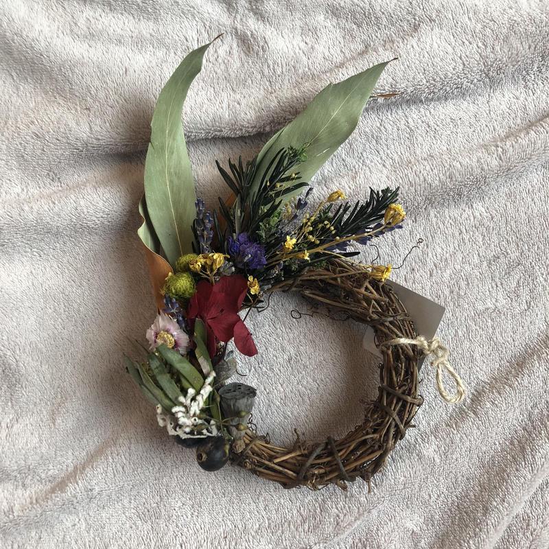 moon half wreath
