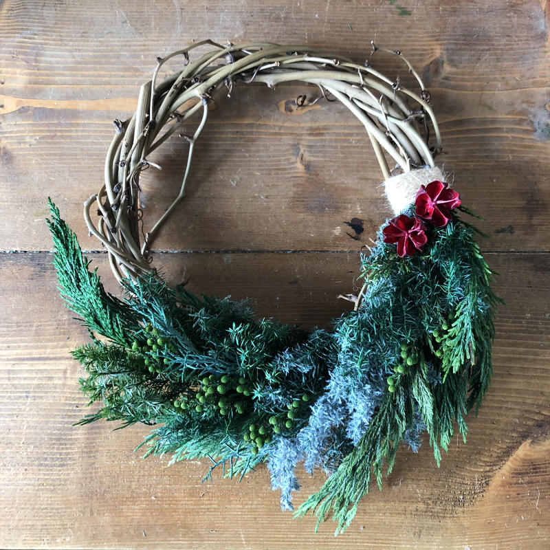 Green mix half wreath