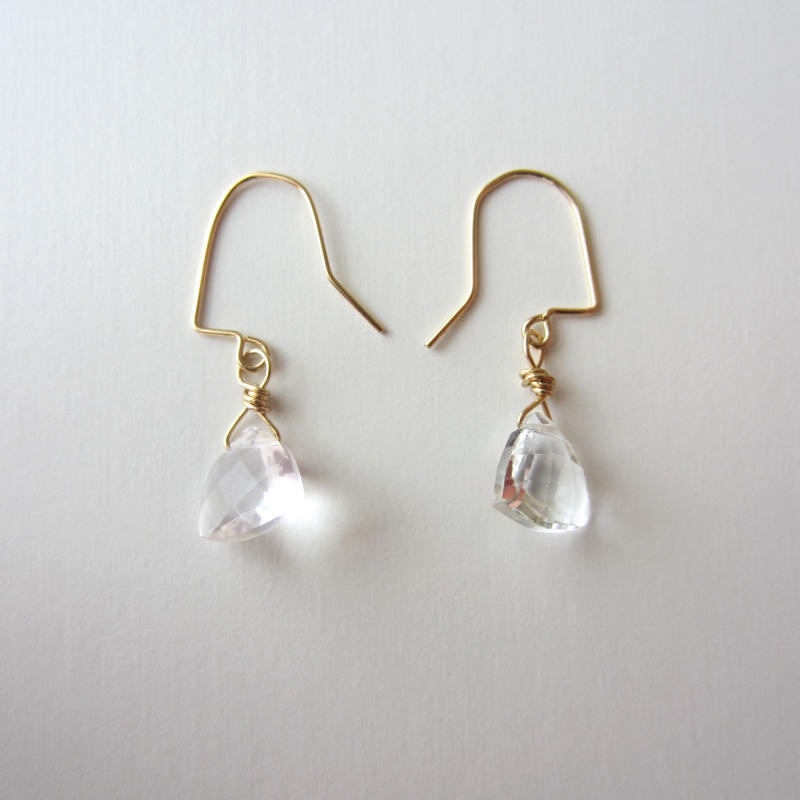 【UE076】 Triangle White Topaz Earring 14KGF(トライアングルホワイトトパーズピアス)