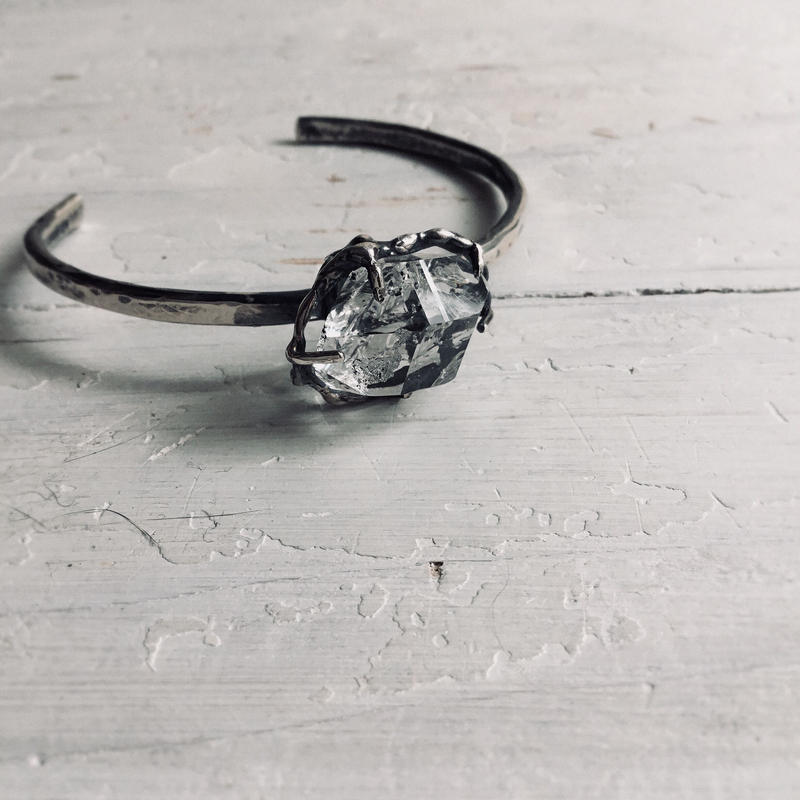 ハーキマーダイヤモンド バングル