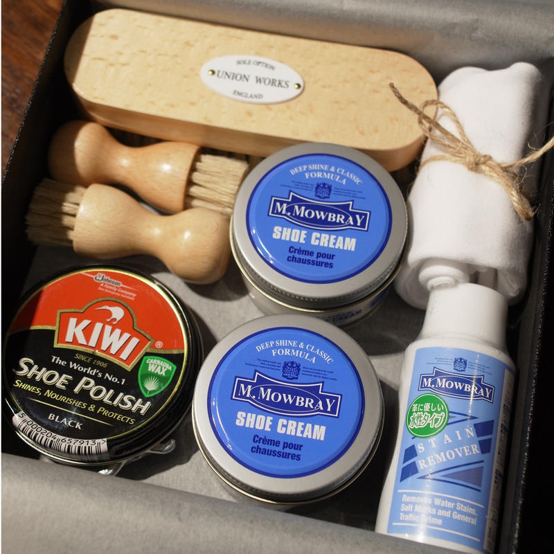 UNION WORKS Original / Gift Box / Assorted Shoe Care Items ①