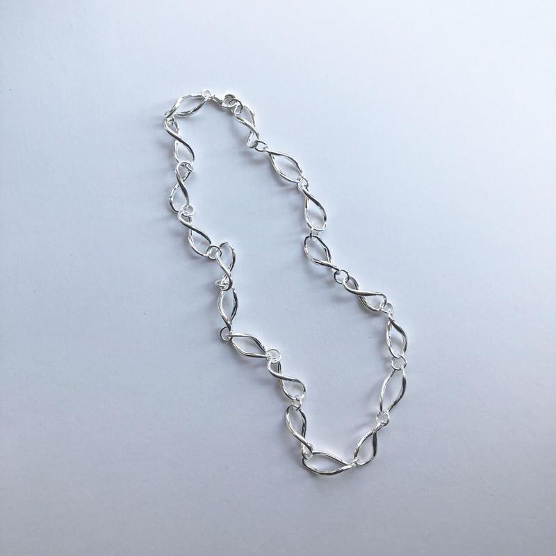 spiral chain choker