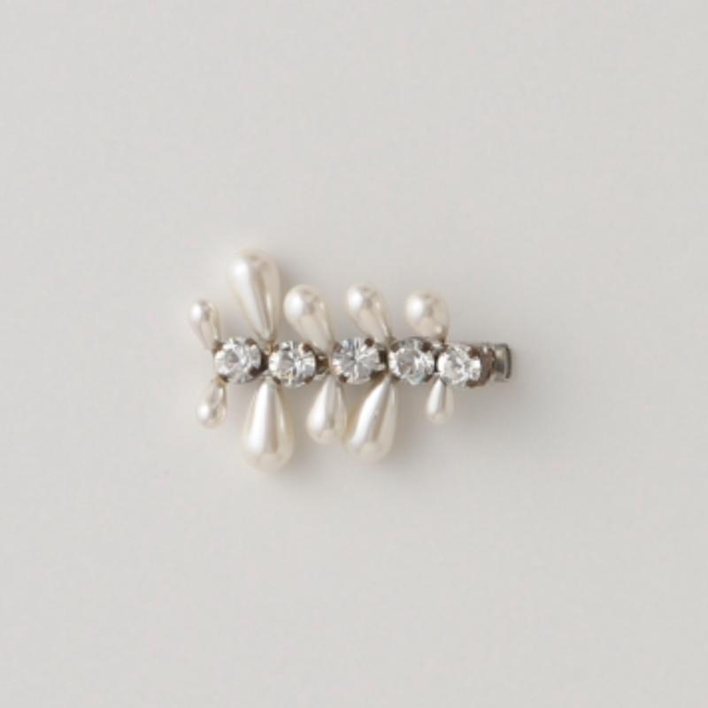petite robe noire   clip brooch