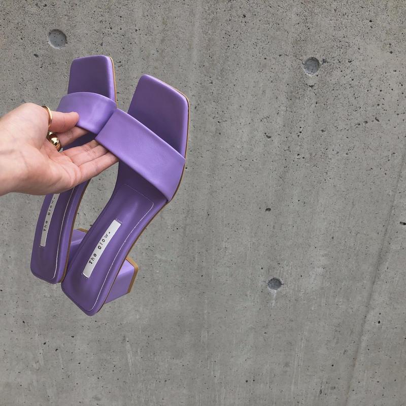 sandal / purple