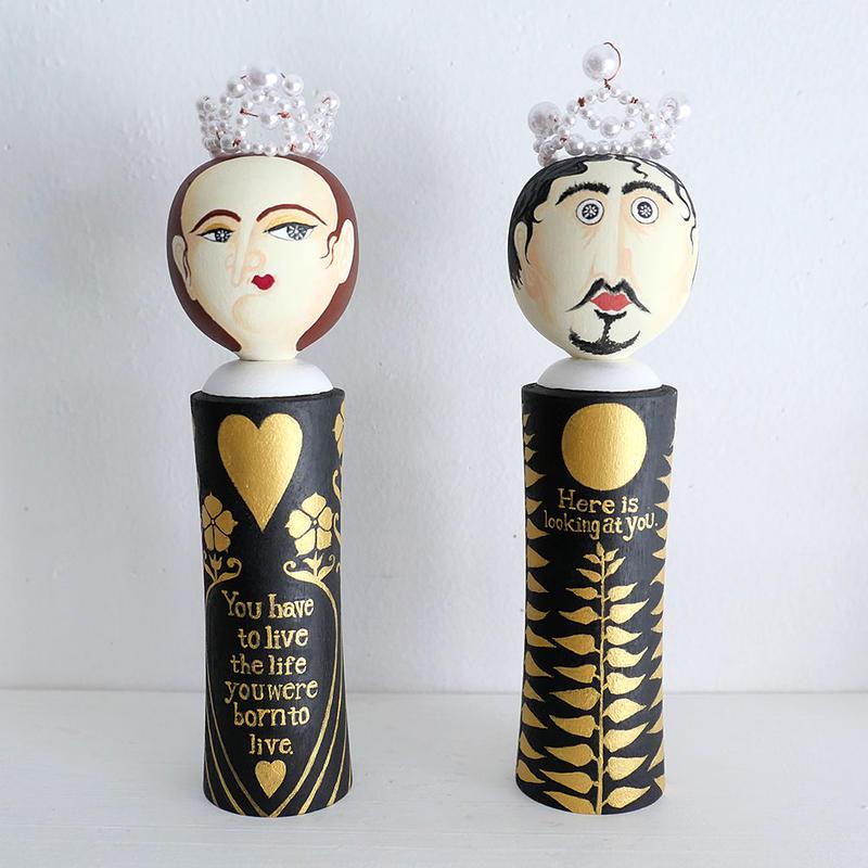 阿部結「うろんな一族」王妃と王こけし
