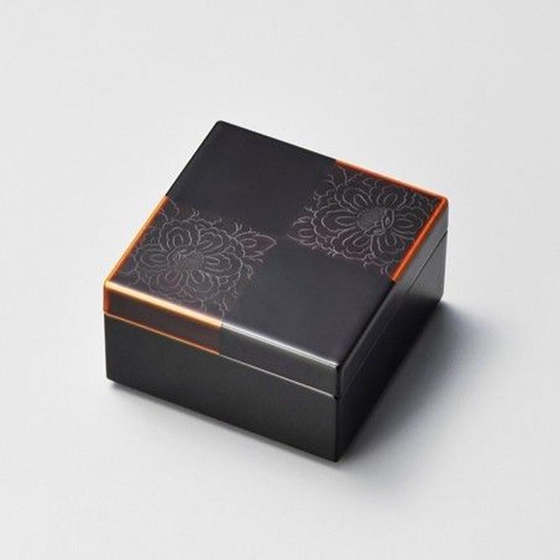 牡丹彫 白檀市松 角小箱(黒)