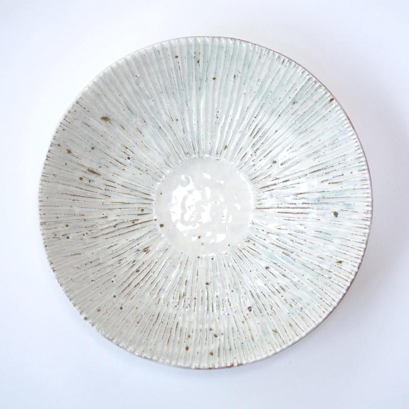 灰釉粉引鎬七寸皿
