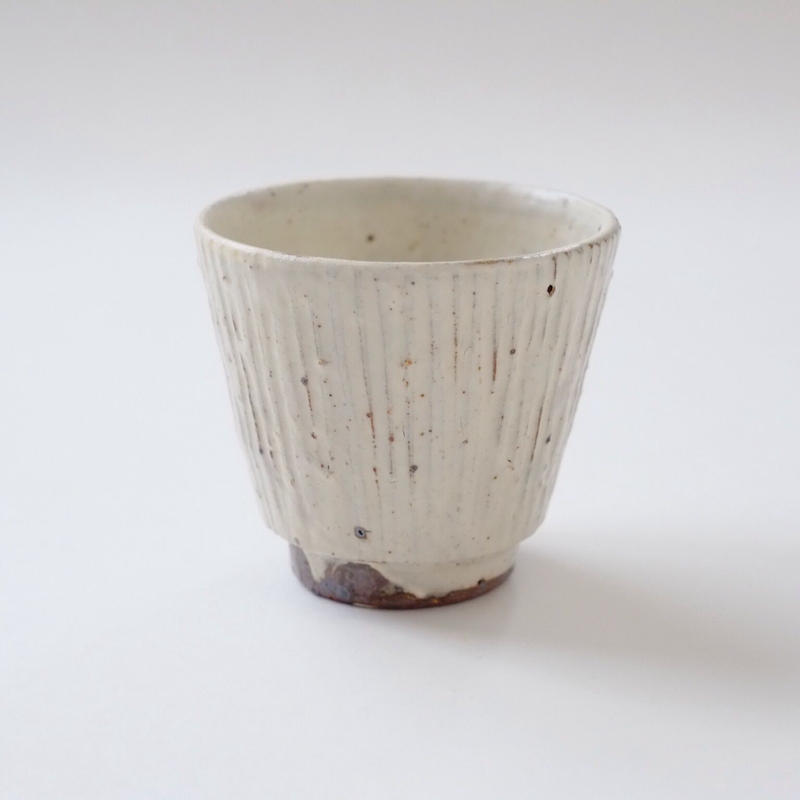 すずばなのmini cup《粉引しのぎ》