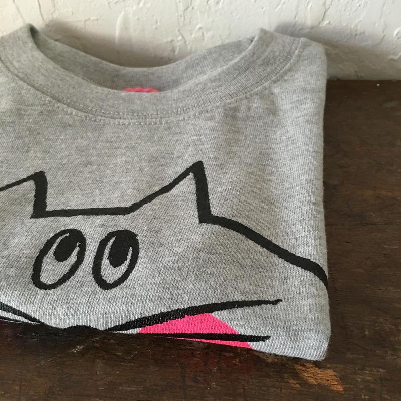 ▲送料無料 100サイズ/半そで ねこもぐらさんTシャツ 6.2oz uyoga cat mole ミックスグレー ほっぺあり 496番目のねこもぐらさん