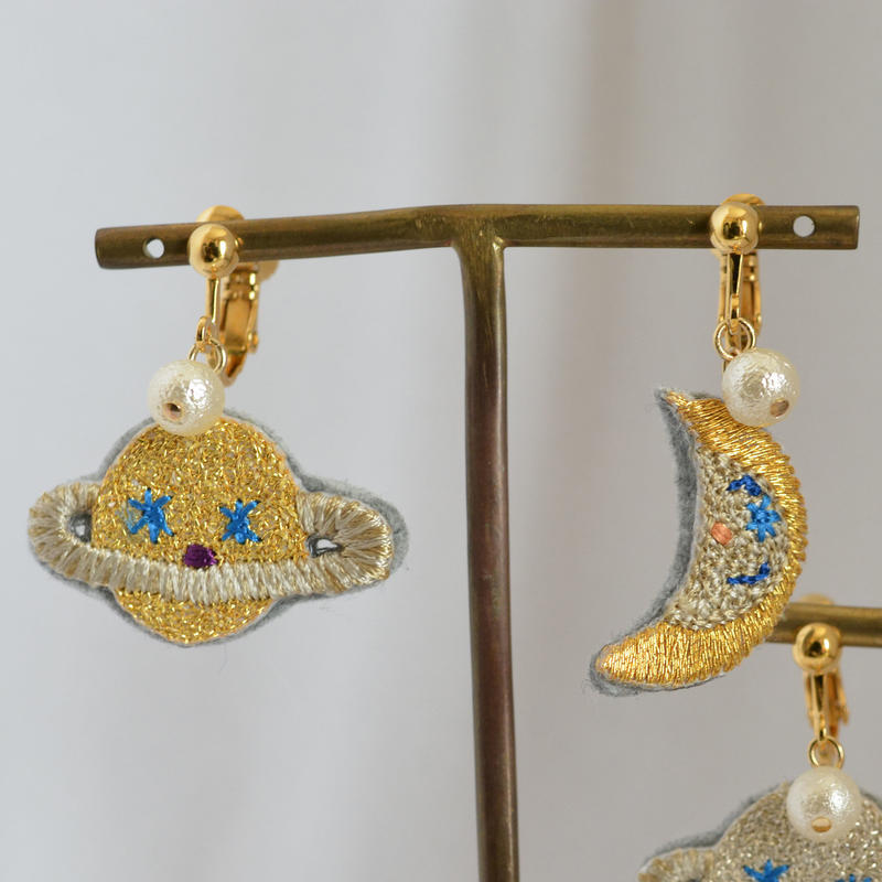 """""""moon and saturn nonhole earring set""""<GOLD>"""