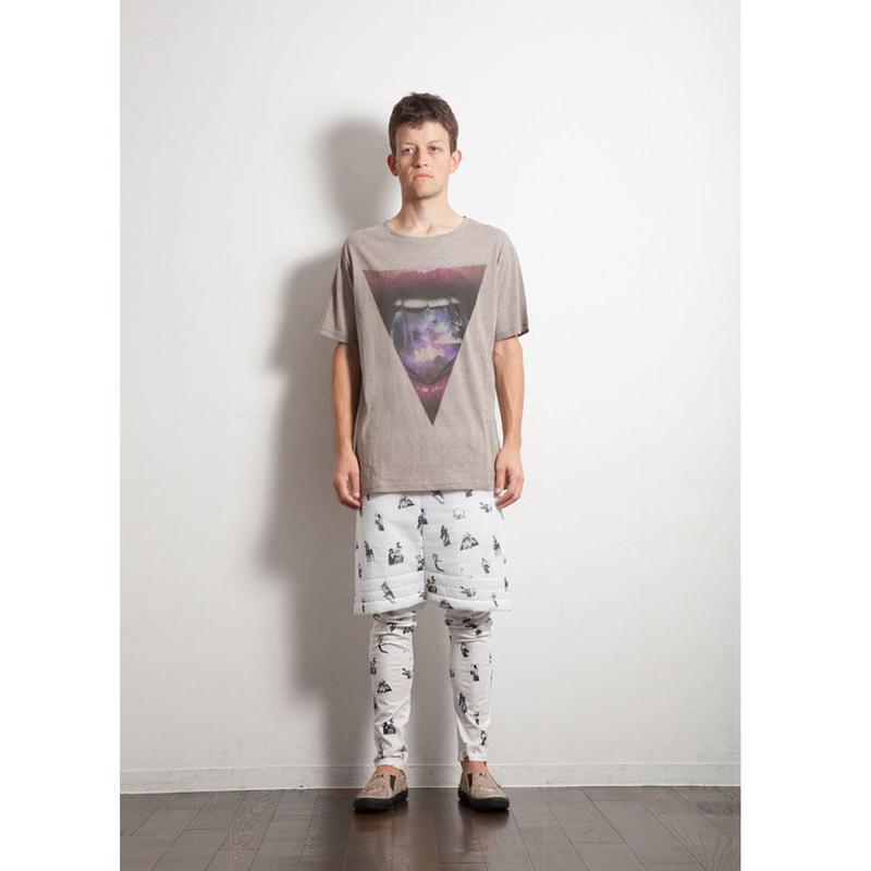 Tlliangle Tシャツ