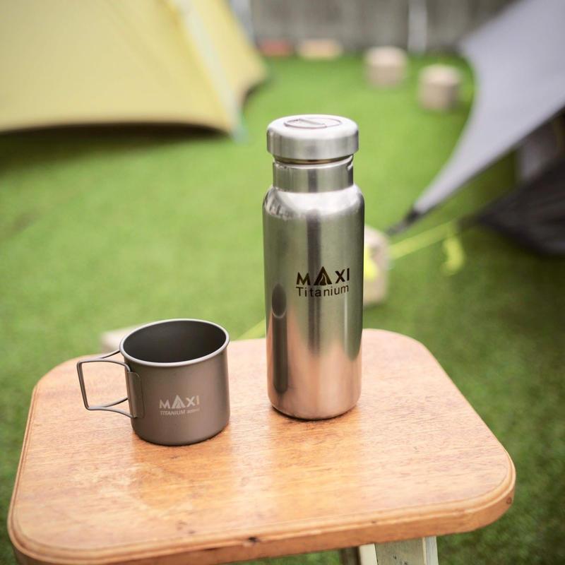 MAXI, Maxi 800ml Titanium Water Bottle