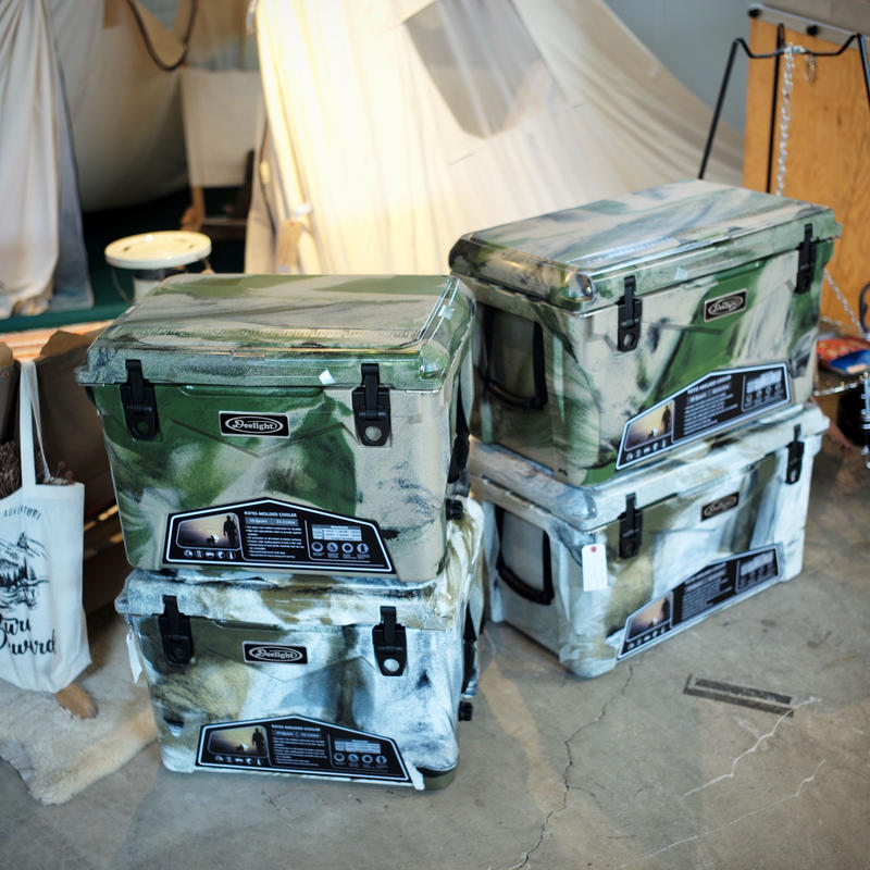 DEELIGHT   ICELAND COOLERBOX   35 QT