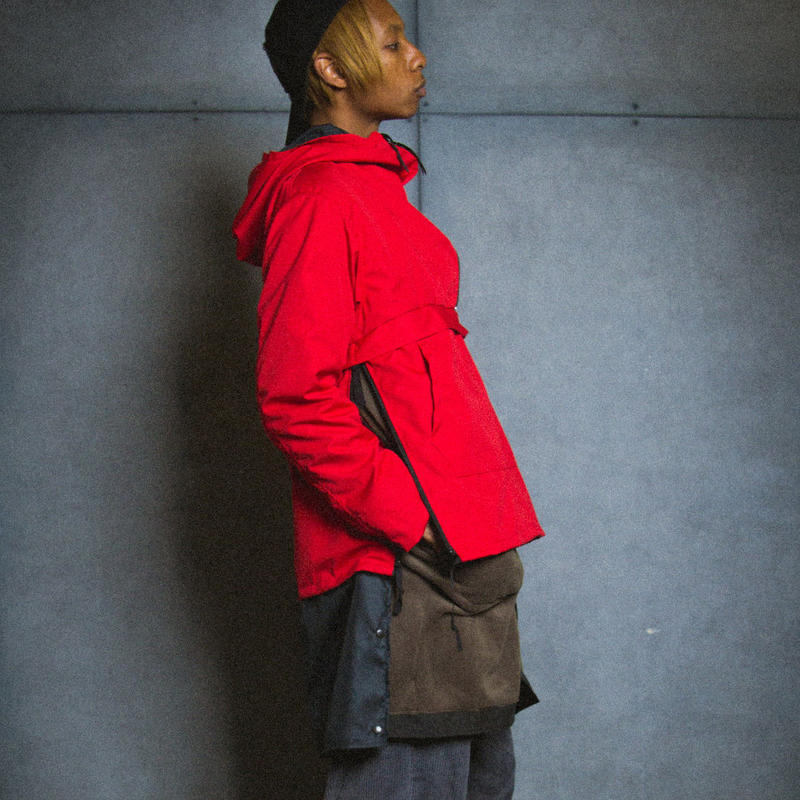 SIDE ZIP ANORAK / red