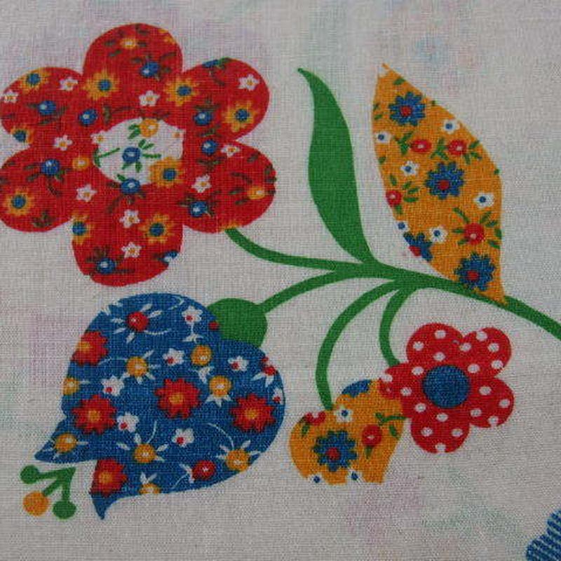 #407 レトロな小花可愛いお花柄 80s