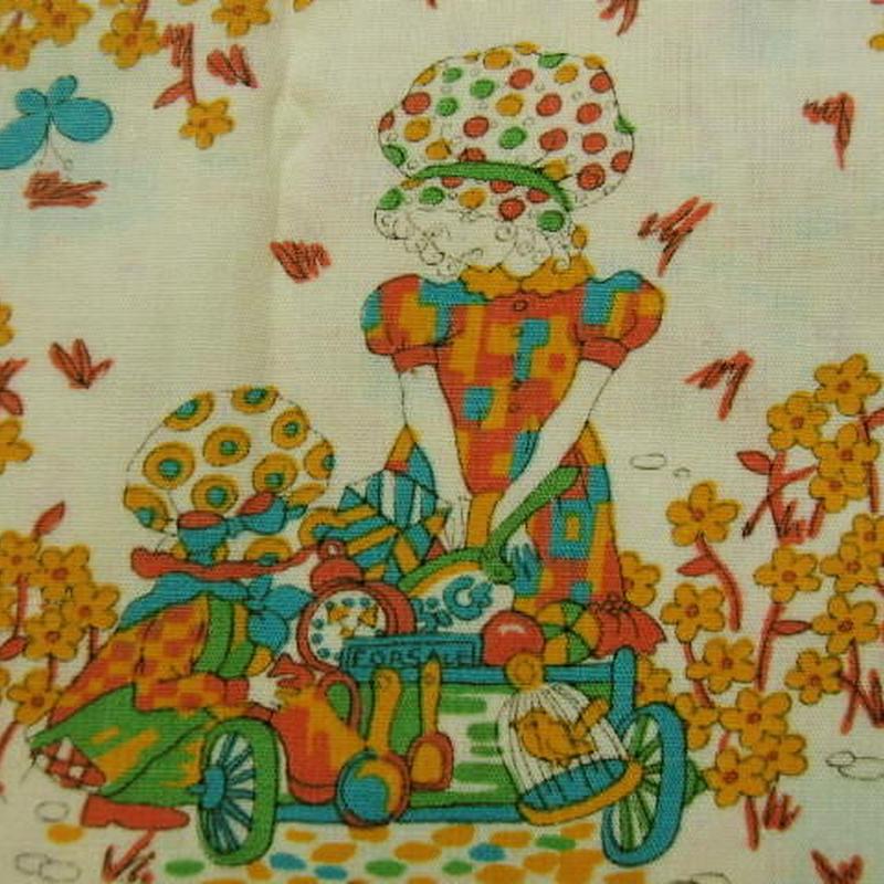 #419 カラフルな小花の女の子 70年代生地