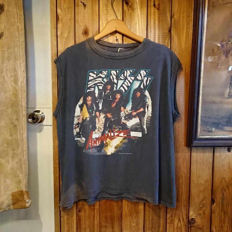 【 1980s  KISS ANIMALIZE 】 Sleeveless band T-shirt.