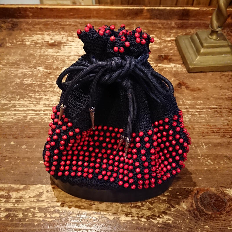 1960s~  Drawstring bag with red beads.