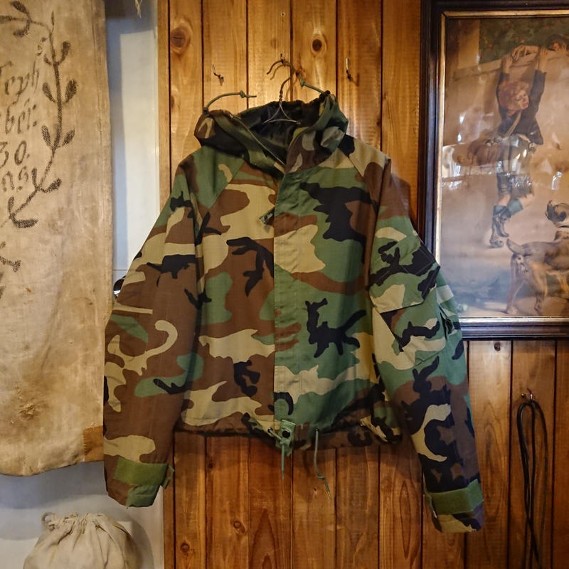 【 1990s U.S. military 】  CHEMICAL PROTECTIVE Parker.
