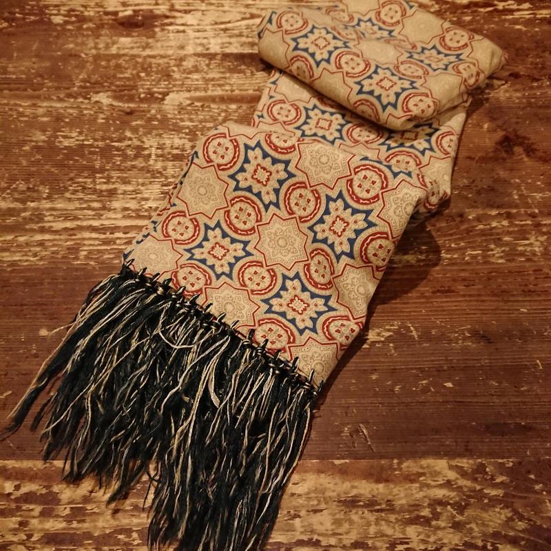 1940s  Beige cotton scarf.