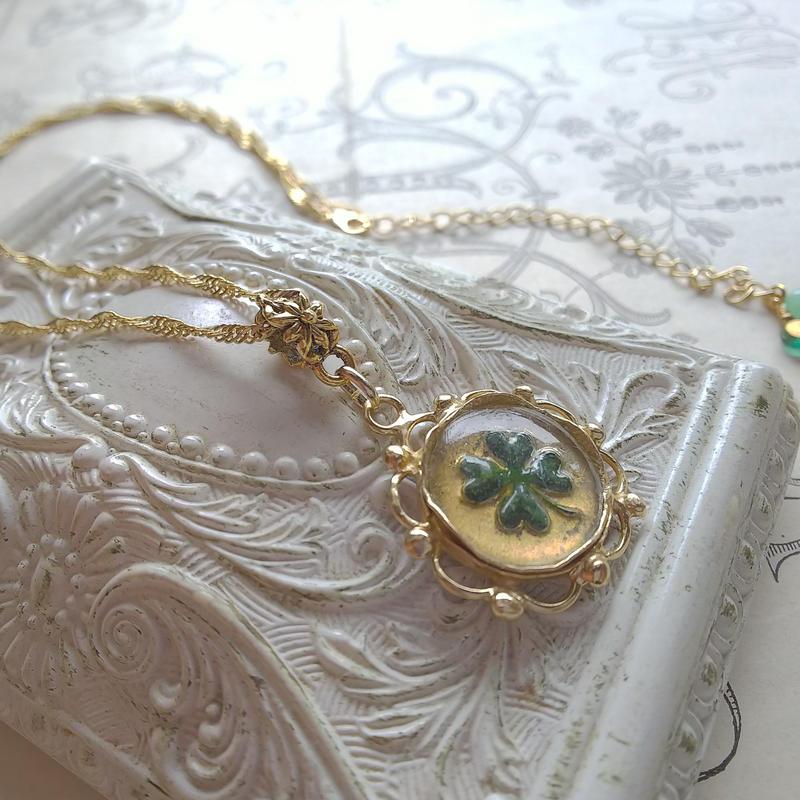 Antique  Four-Leaf-clover クラシカルネックレス