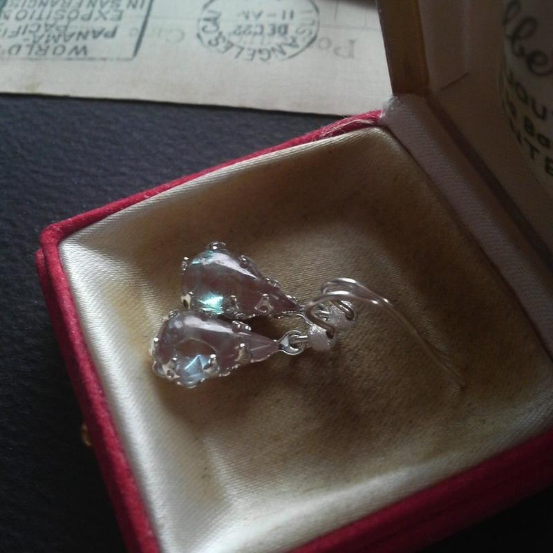 サフィレット(13×8ミリ)Silver925ピアスまたはイヤリング