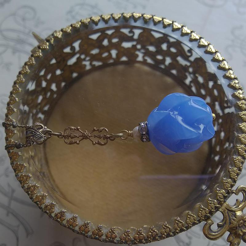 ヴィンテージ Royal-Blue Flower(round) クラシカルネックレス