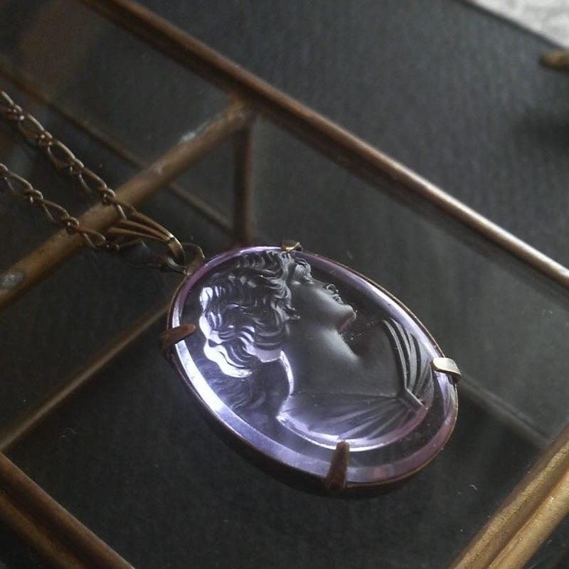 再販 ヴィンテージ アレキサンドライト/Ladyカメオ(25×18ミリ)ネックレス